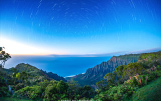 kalalau-lookout-star-trails-01.jpg